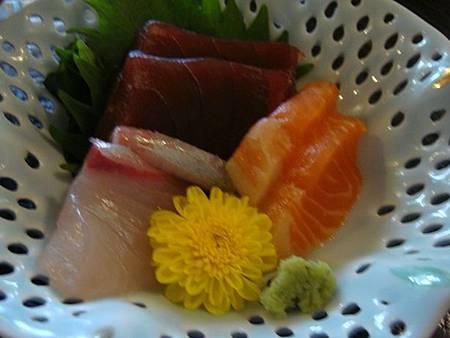 0708074-生魚片