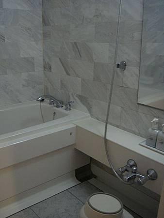 0708171-浴室