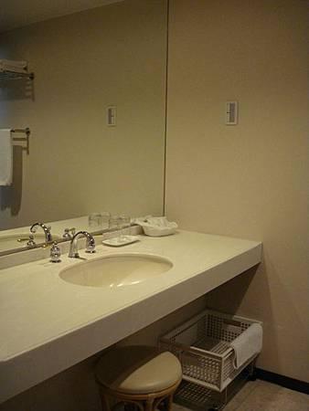 0708172-浴室