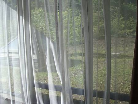 0709001-房間窗景