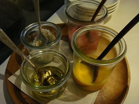 0709243-沙拉醬汁