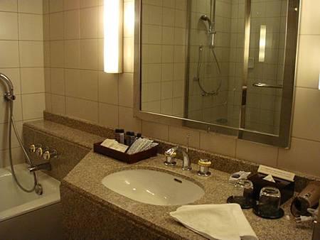0709312-浴室