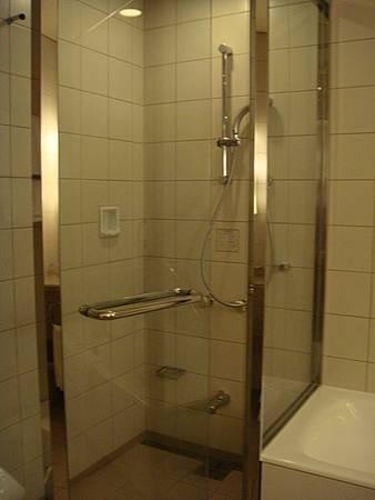 0709311-浴室