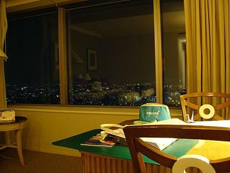 0709372-從房內看窗外夜景
