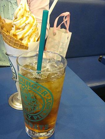 0710048-小丑漢堡套餐飲料.JPG
