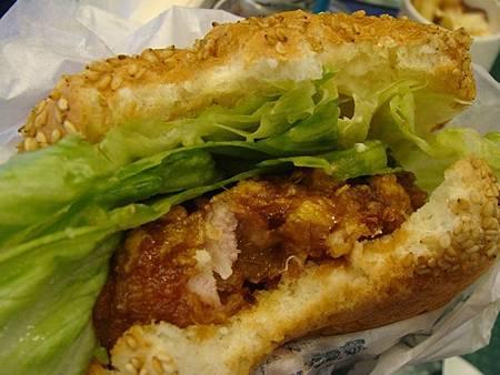 0710064-中華炸雞漢堡.JPG