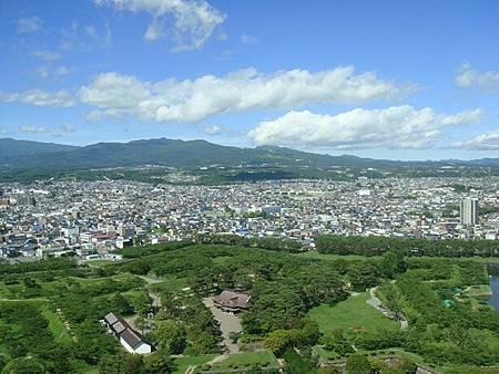 0711232-五稜郭公園跟函館市.JPG