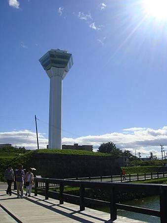 0711285-從五稜郭公園內看五稜郭塔.JPG