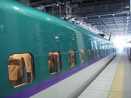0712088-新幹線E5系.JPG
