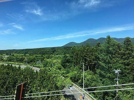 0712126-新幹線窗景by Y.JPG