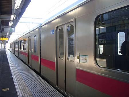 0712161-我們搭的往弘前電車.JPG