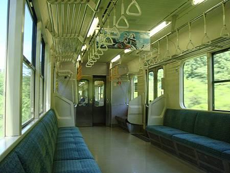 0712148-往弘前的電車.JPG