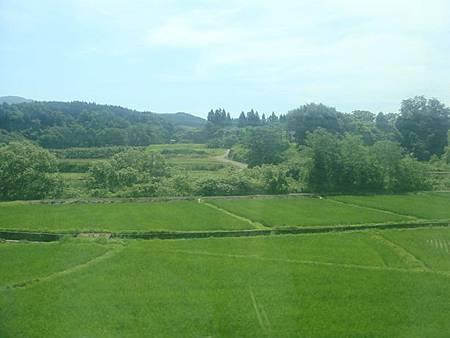 0713029-往秋田的奧羽本線沿線風景.JPG
