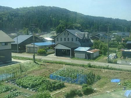 0713041-往秋田的奧羽本線沿線風景.JPG