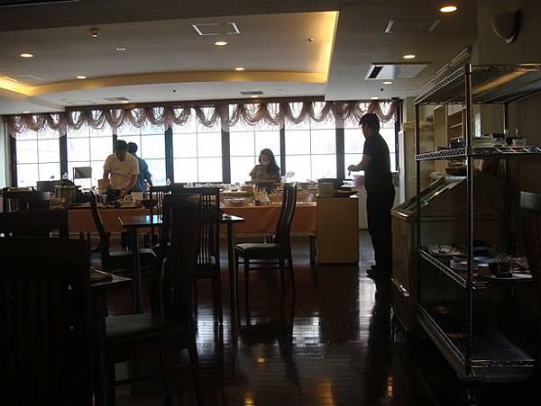 0715009-Hyper Hotels Passage早餐.JPG