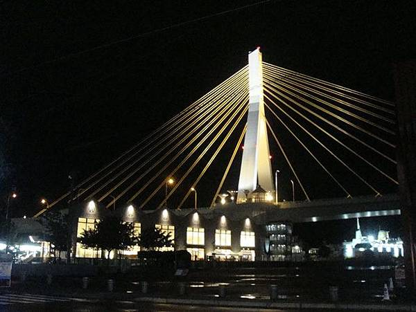 0714452-青森海灣大橋跟A-factory.JPG