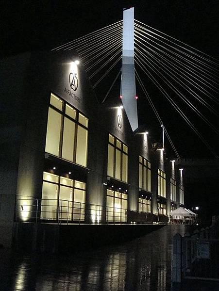 0714461-青森海灣大橋跟A-factory.JPG
