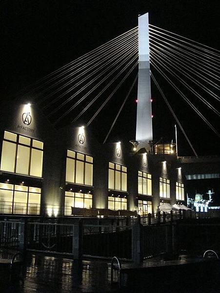 0714457-青森海灣大橋跟A-factory.JPG
