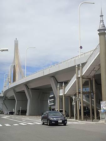 0715106-白天的青森海灣大橋.JPG