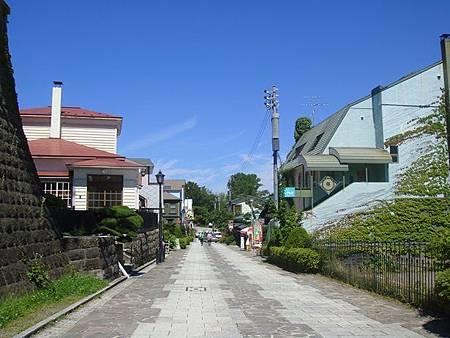 0716107-八幡坂跟日和坂中間的橫向支道.JPG