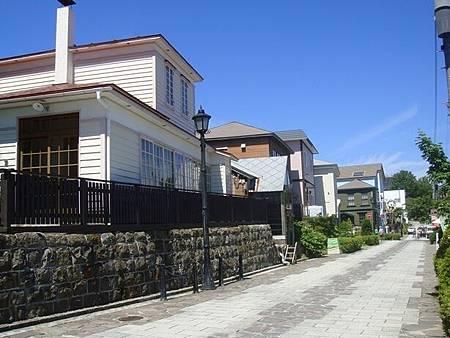 0716109-八幡坂跟日和坂中間的橫向支道.JPG