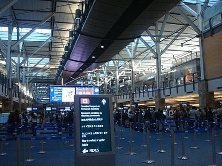 0709022-溫哥華機場.JPG