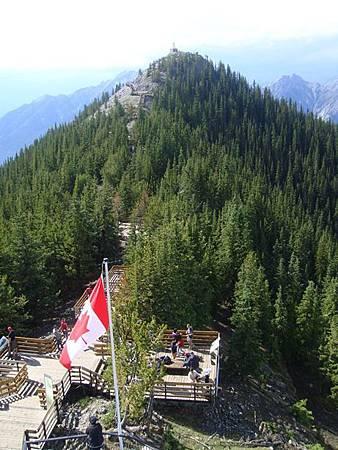 0710163-在硫磺山纜車站頂樓.JPG