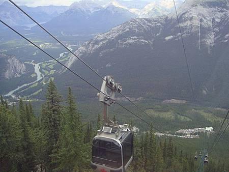 0710196-下山的纜車上.JPG
