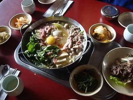 0710225-韓國烤肉晚餐.JPG