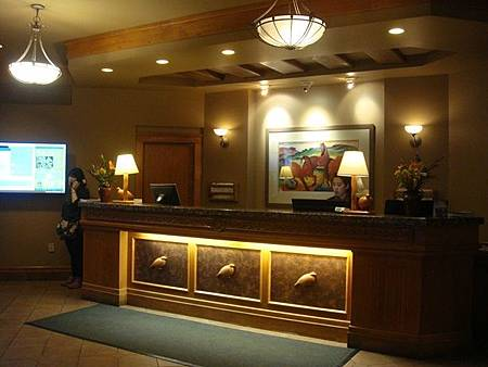 0710240-Ptarmigan Inn.JPG