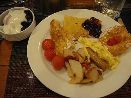 0712007-POPPY早餐.JPG