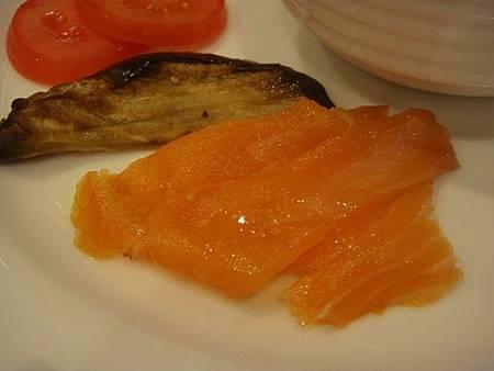 0712014-POPPY早餐煙燻鮭魚好吃.JPG