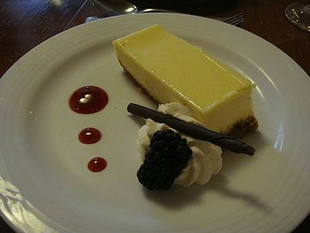 0711505-LAGO晚餐(起司蛋糕).JPG