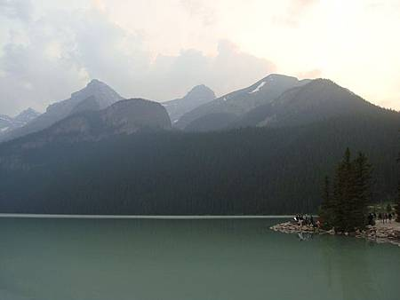 0711521-Lake Louise露易絲湖.JPG