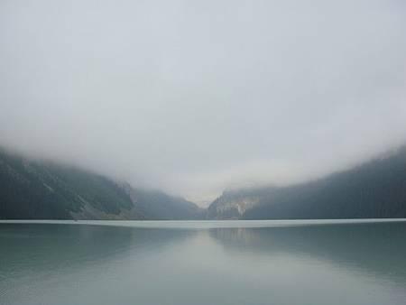 0712025-早晨的露易絲湖.JPG