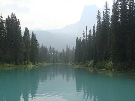 0712184-Emerald Lake翡翠湖.JPG