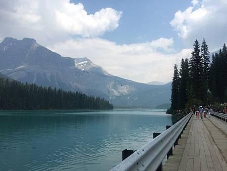 0712251-Emerald Lake翡翠湖R.JPG