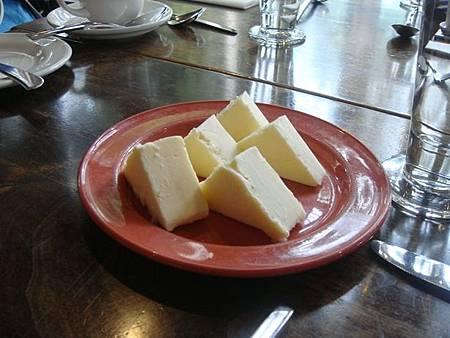 0712206-翡翠湖餐廳午餐(大塊奶油).JPG