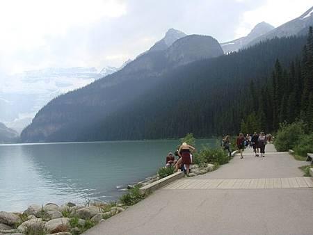 0712322-Lake Louise.JPG