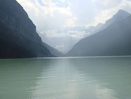 0712299-Lake Louise.JPG
