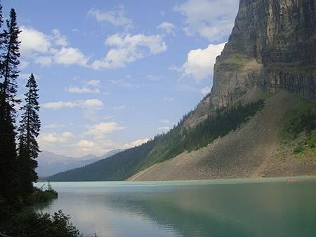 0712368-Lake Louise湖畔健行.JPG