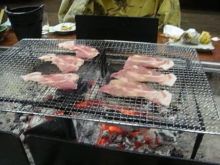 1021244-賑山亭爐端燒(豬肉片).JPG