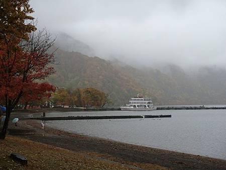 1022288-十和田湖畔.JPG