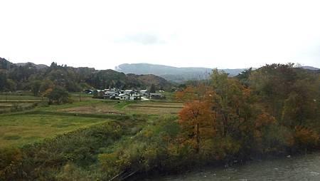 1023043-秋田新幹線往角館.jpg
