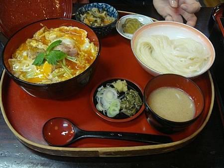 1024438-比內地雞親子丼+稻庭烏龍麵套餐.JPG