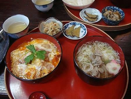 1024442-比內地雞親子丼+稻庭烏龍麵套餐.JPG