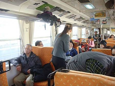1024069-秋田內陸線車廂內.JPG
