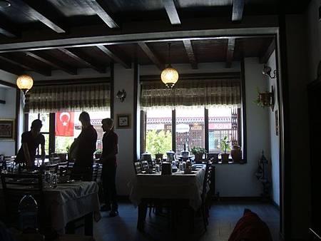 0708121-Lokmahane餐廳.JPG