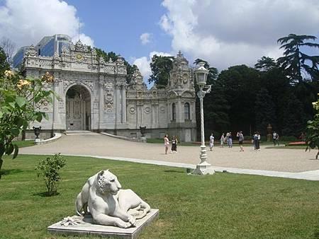 0714112-Dolmabahçe Sarayi多瑪巴切皇宮.JPG
