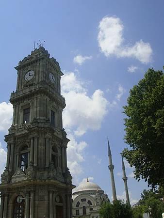 0714144-Dolmabahçe Sarayi多瑪巴切皇宮鐘樓.JPG